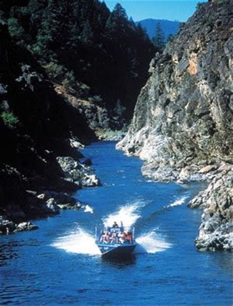 rogue river jet boat excursions jim wickre the rogue river hellgate quot jetboat lunch
