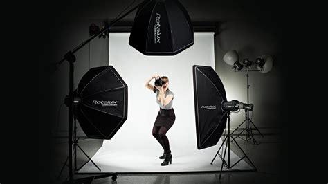 softbox light vs umbrella softbox vs umbrella product photography only key points