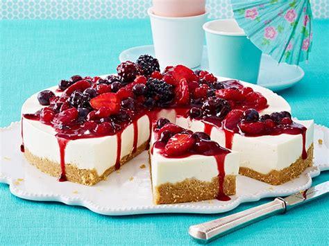 bunte kuchen bunte torte torte backen rezepte chefkoch de