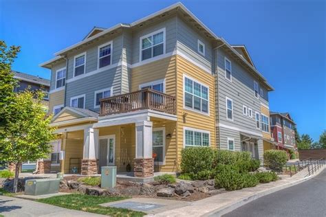 Apartments Bend Oregon The Reserves At Pilot Butte Bend Or Apartment Finder