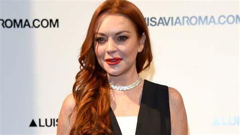 lindsay lohan says she s had enough with dating on