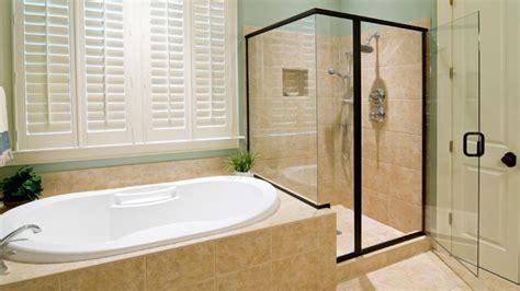 whirlpool für die badewanne idee badewannen umrandung