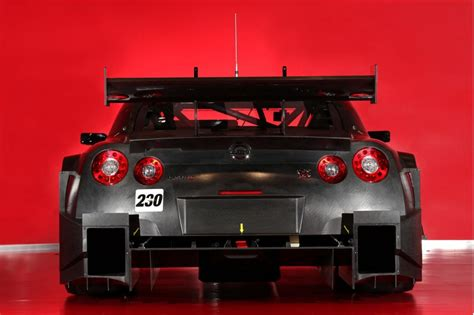 nissan nismo race car nissan gt r nismo 2014 600 reasons to have it looking