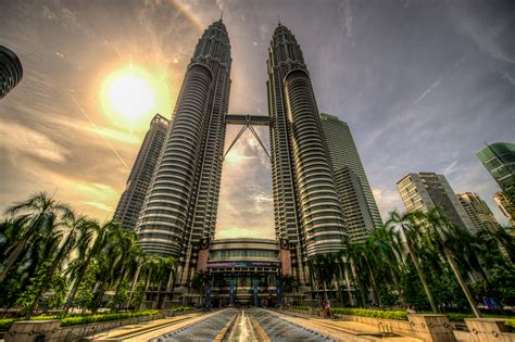 How Many Floors In Towers Malaysia by Ten Tallest Buildings In Kl As Of 2014 City