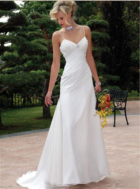 Informal Wedding Dresses by Informal Wedding Dresses