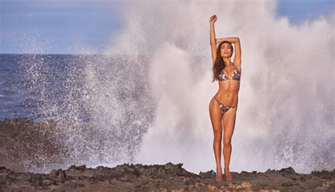 swimsuit modeling photography tips, joey wright bts