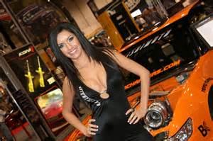 Vanity Salon Reviews Auto Show It S Your Auto World New Cars Auto News