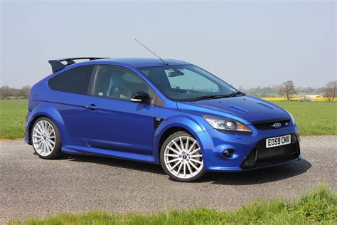 Ford Focus 10 by Ford Focus Rs 2009 2010 Photos Parkers