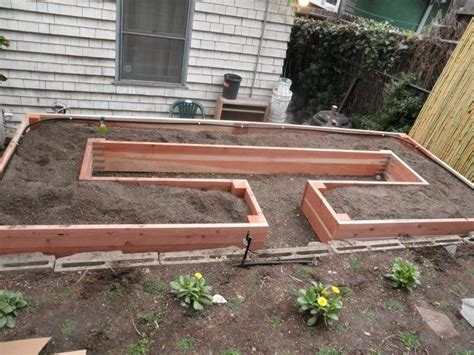 rolling raised garden beds 17 best images about garden ideas planters on