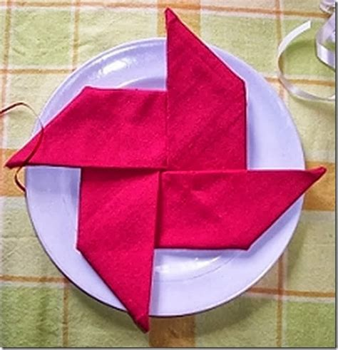 Napkin Origami - creative napkin folds for your table family