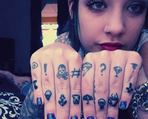 creative tattoo art on hands amp fingers