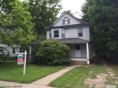 house for sale freeport ny freeport new york reo homes foreclosures in freeport new york search for reo