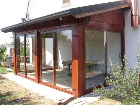 verande chiuse in legno oltre 25 fantastiche idee su verande chiuse su