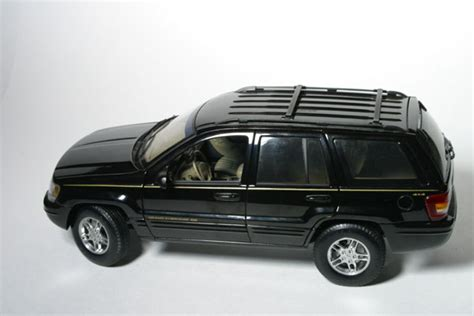 diecast jeep all things jeep diecast jeep grand 1999 black