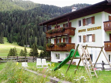 hotel giardino delle canazei albergo sassleng alba di canazei val di fassa