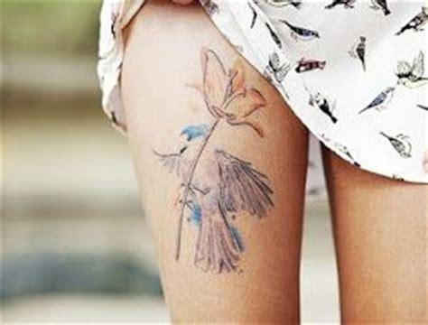 birds tattoos  legs tattoomagz handpicked worlds greatest tattoos designs tattoomagz