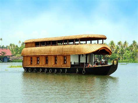 4 bedroom houseboat alleppey 4 bedroom houseboat alleppey kumarakom royal leisure tours