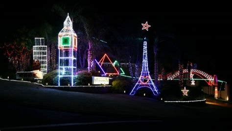 christmas lights eiffel tower and big ben feature in