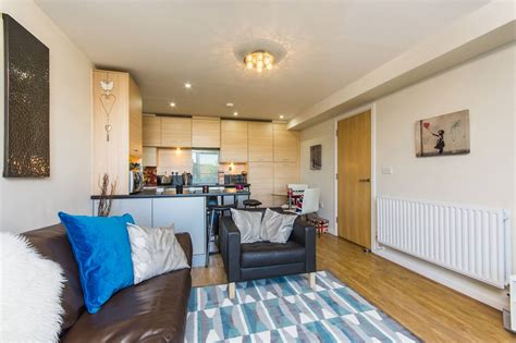 1 bedroom flat woolwich 1 bedroom flat to rent bush house berber parade