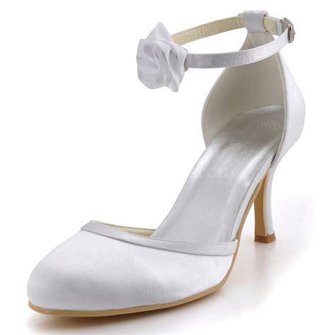 Pumps Creme Hochzeit by S Pumps Heels Flower Wedding Kitten Heel Pumps