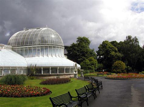 Belfast Botanic Gardens File Belfast Botanic Gardens Glasshouse Jpg Wikipedia