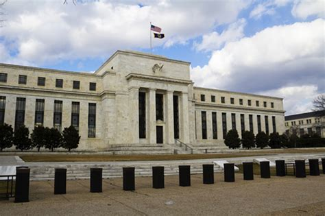 reserve federal bank fed s beige book shows modest economic growth across u s