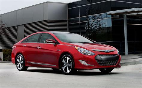 Hyundai Sonata Hybrid Warranty hyundai expands warranty for 2012 sonata hybrid battery