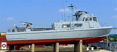 swift class boat the naval history and hnsa guide to u s museum ships