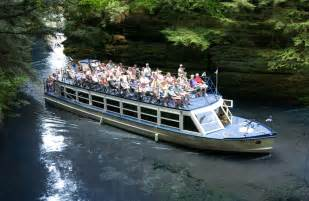 Boat Tours Best Small Attractions In Wisconsin Dells