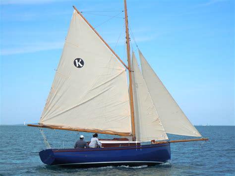 sailboats under sail koalen 26 under sail