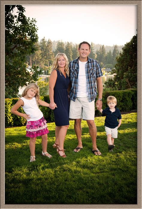Outdoor Family Portraits by Outdoor Family Portraits Www Imgkid The Image Kid