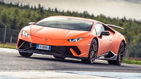 Chris Harris Drives: the Lamborghini Huracán Performante