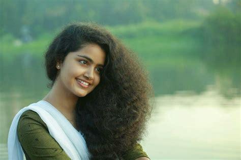 premam cinema heroine photos anupama parameshwaran new malayalam actress photos mallu