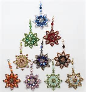 1000 images about christmas beading on pinterest beaded banners beaded snowflake and beaded