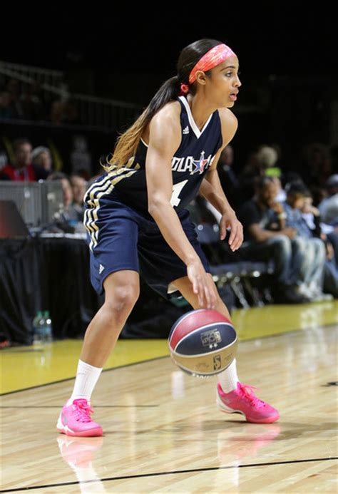 jay z gives basketball superstar skylar diggins a new mercedes skylar diggins photos photos nba all star celebrity game