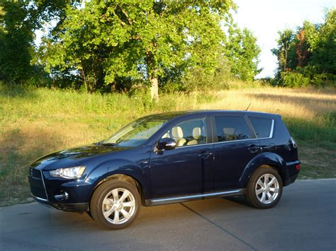 outlander mitsubishi 2011 review 2011 mitsubishi outlander gt the truth about cars