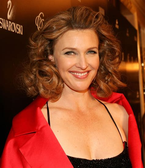 photos and pictures brenda strong 9th annual costume brenda strong photos photos 9th annual costume designers guild awards arrivals zimbio