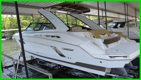 mid cabin bowrider boats cruisers sport series 328 2015 for sale for 215 900