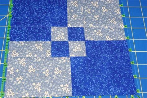 2 Color Quilt by 17 Best Ideas About Two Color Quilts On