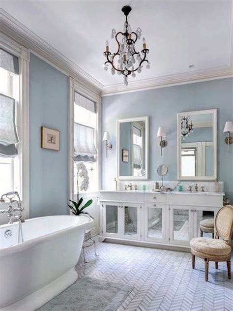 decorating bathroom with blue and white bathroom