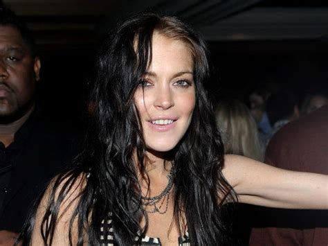 Random Lindsay Lohan Club Pictures by Lilo Back To Partying Ways While Wearing Scram