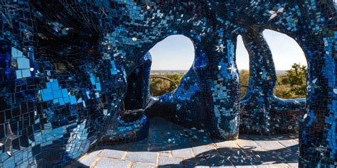 giardino dei tarocchi grosseto il giardino dei tarocchi in toscana guida con foto