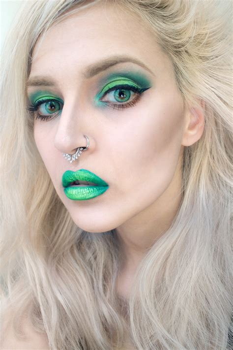 makeup beauty becoming a mermaid fashion style tips