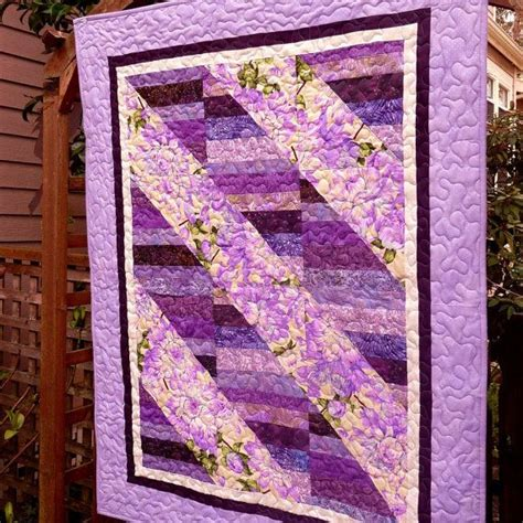 Lavender Patchwork Quilt - 242 best images about purple quilts on purple