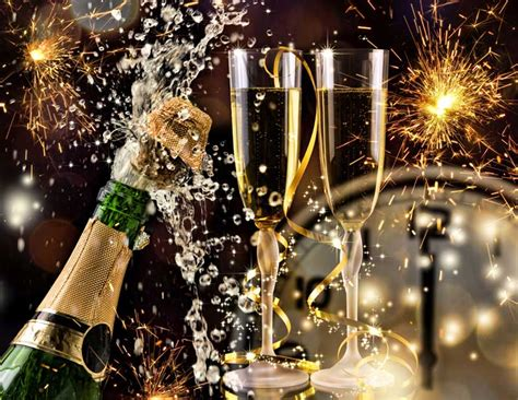 where celebrate new years traditional celebrations at the historic lakeside inn
