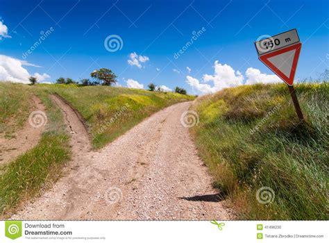 camino toscano toscano bifurc 243 camino foto de archivo imagen 41496230