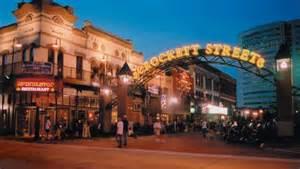 Comfort Inn Suites Texas City Crockett Street Entertainment District Offers Restaurants