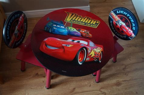 Lightning Mcqueen Desk by Lightning Mcqueen Table And 2 Chairs For Sale In