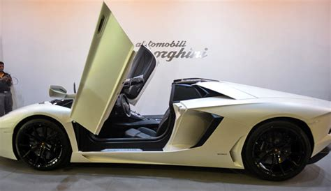 Lamborghini Price In Indian Currency At Rs 4 7 Crore The Lamborghini Aventador Lp 700 4