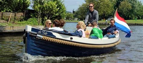 bootje huren leiden sloepenpuzzeltocht sloep varen over de hollandse plassen